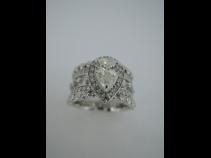 Pt ダイヤモンド(中石 1.011LSI2、脇石 1.37ct)リング