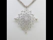 PTダイヤモンド(中石0.18ct、脇石3.34ct)ペンダントブロ-チ(針部WG)