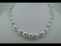 バロック南洋真珠ネックレス