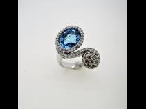 K18WGブル-トパ-ズ(5.84ct)・ダイヤモンド(1.19ct)リング