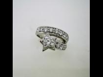 PTダイヤモンドリング(中石0.561ct、脇石0.94ct)
